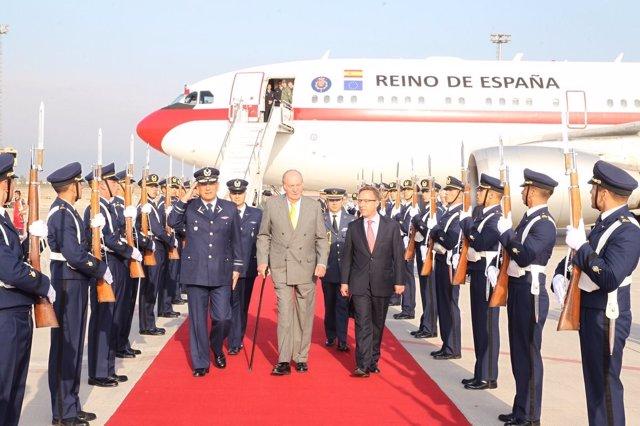 Juan Carlos I, en Santiago de Chile para la toma de posesión de Piñera