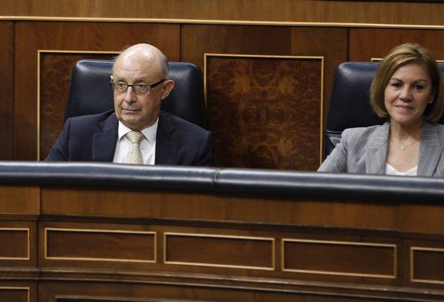 Montoro y Cospedal durante la sesión de control al Gobierno en el Congreso
