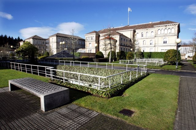 Complejo administrativo de la Xunta en San Caetano