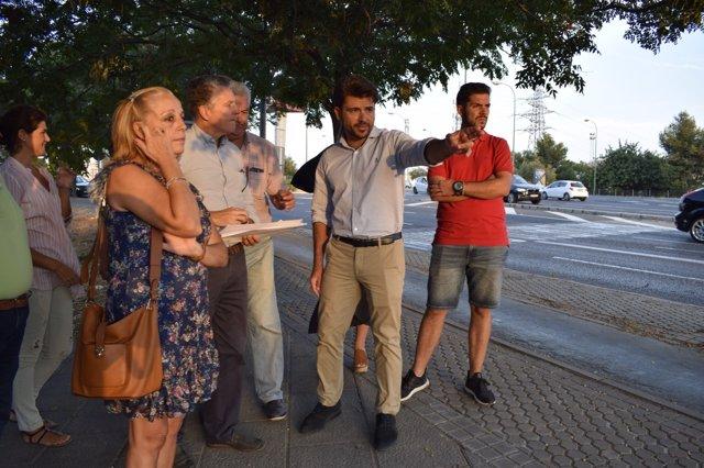Beltrán Pérez visita la barriada de las Dalias