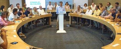 """Moreno acusa a Junta de """"falta de gestión"""" y """"robar"""" más de 2.000 millones a los ayuntamientos"""