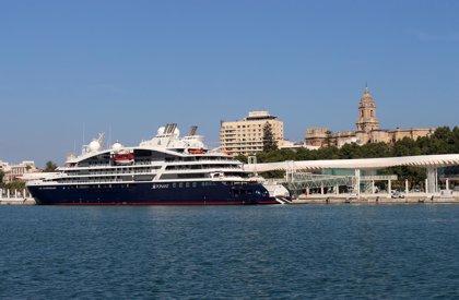 El buque de crucero 'Le Lapérouse' visita por primera vez el puerto de Málaga