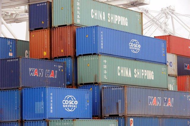 Contenedores en un puerto chino