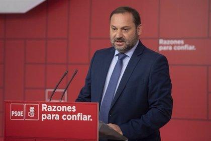 """Ábalos pide a Rivera """"una disculpa pública"""" por las dudas sobre la tesis de Sánchez y a Casado """"ejemplaridad"""""""
