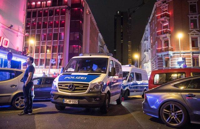 Policía alemana en Frankfurt