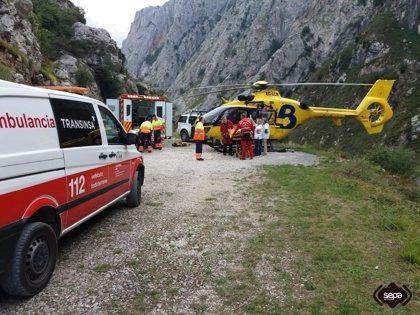 Los rescatadores creen que los montañeros perdidos en Cabrales sufrieron una caída