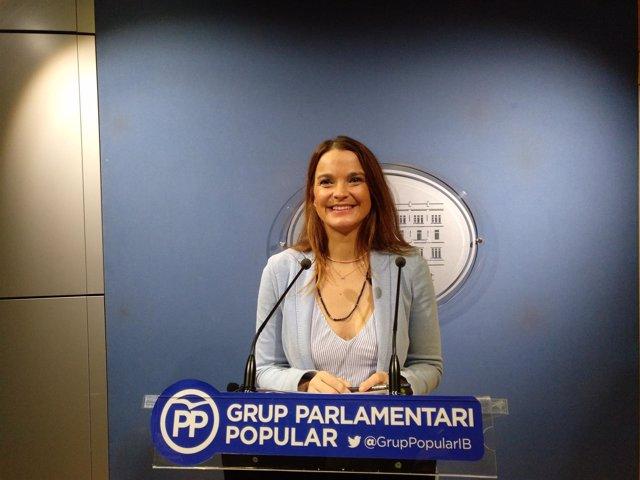 La Portavoz Del Pp, Margalida Prohens, En Rueda De Prensa En El Parlament