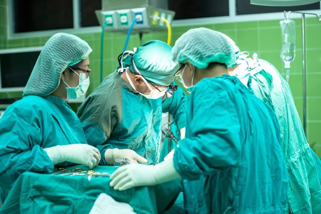 Cirujía en hospital