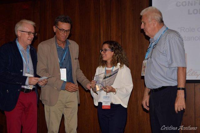 """La bioquímica Patricia Rada recoge el Premio """"Margarita Lorenzo"""" en el congreso"""
