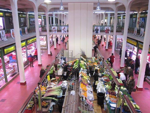 Interior del Mercado de San Blas