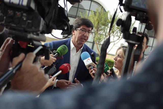 Juan Marín, en declaraciones a los periodistas