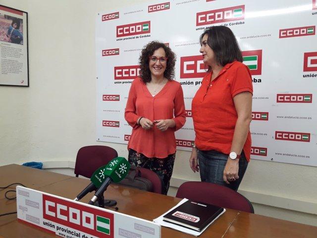 Nuria López y Marina Borrego en la sede de CCOO-Córdoba