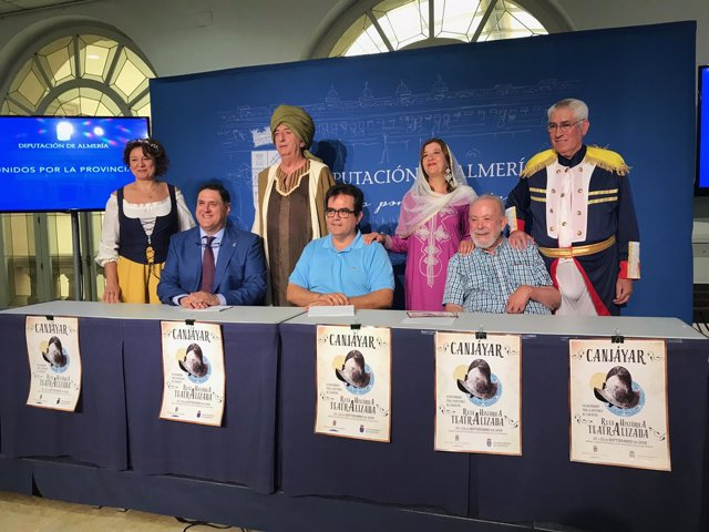Algunos de los actores de la representación han asistido a la rueda de prensa.