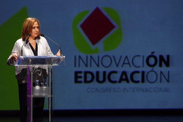 Mayte Pérez en el congreso de Innovación en Educación.