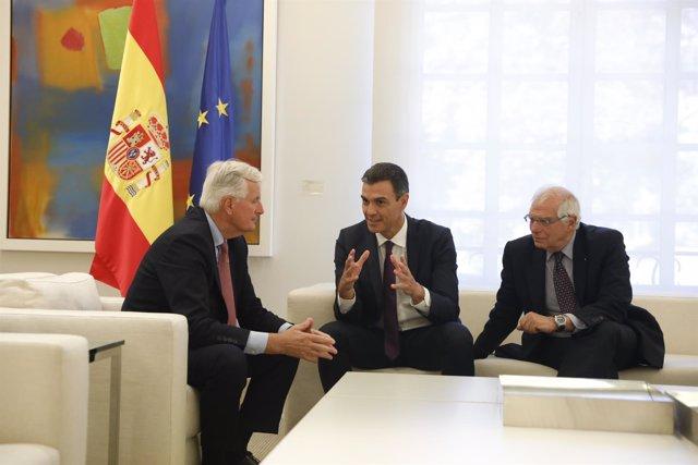 Pedro Sánchez recibe al jefe de la negociación de la Unión Europea con el Reino