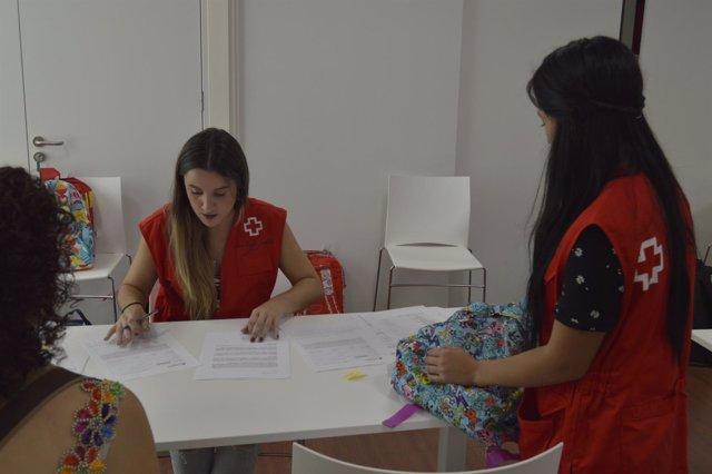 Cruz Roja repartirá material escolar a más de 700 menores de la provincia