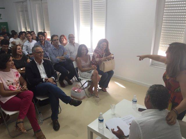 Irene García y Carnero con alcaldes y dirigentes del PSOE en Cádiz