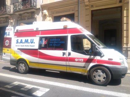 Sucesos.- Una persona fallece tras colisionar un vehículo con el quitamiedos en la AP-7 en Oropesa
