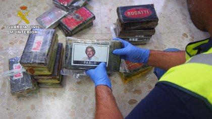 La Guardia Civil de Granada intercepta un vehículo en la A-92 con más de 27,5 kilos de cocaína