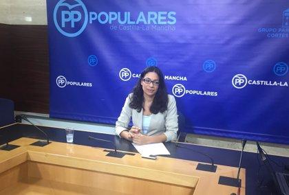 """PP llama """"inútil política"""" a Regina Leal y pide su dimisión por el supuesto borrado de pacientes de listas de espera"""