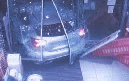 Detienen a un hombre de 31 años por cometer numerosos robos con fuerza en locales comerciales de Palma