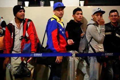 El Gobierno aumentará los visados humanitarios para venezolanos pero avisa que no dejará de hablar con Caracas