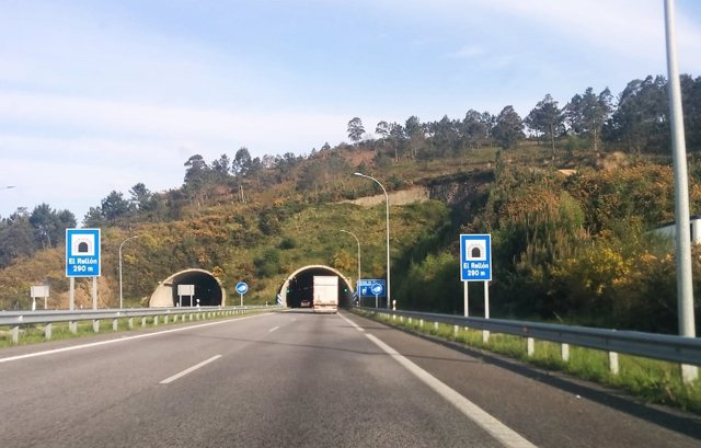 Carretera, tráfico, accidentes, Autovía del Cantábrico, A-8, autopista