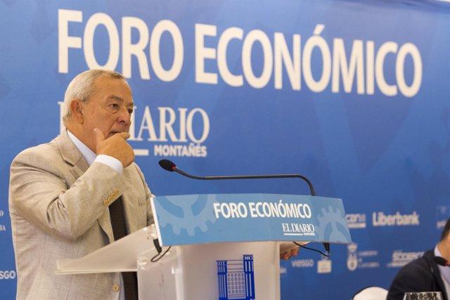 Carlos Solchaga en el foro económico del Diario Montañés