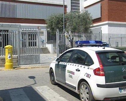 Detenido en Altea (España) un joven cubano acusado de asestar dos puñaladas en el cuello a un niño de 13 años