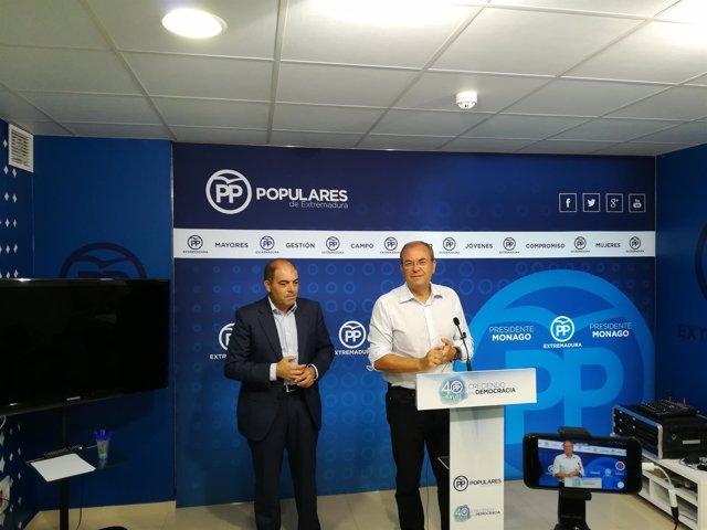 Lorenzo Amor y Monago en rueda de prensa este martes en Mérida