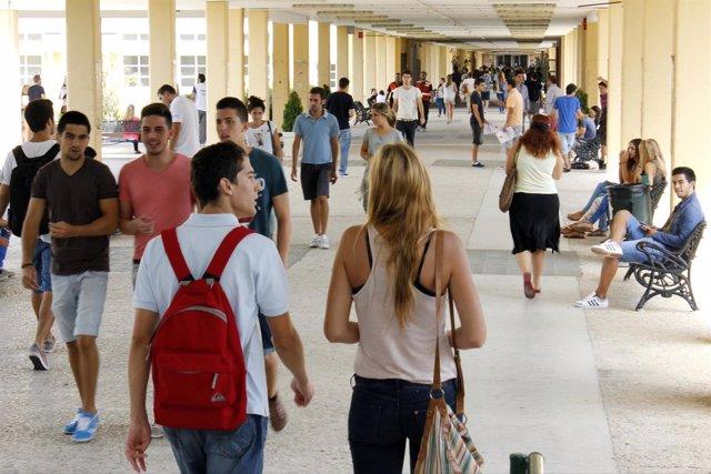 Comienzo de clases en la Universidad Pablo de Olavide