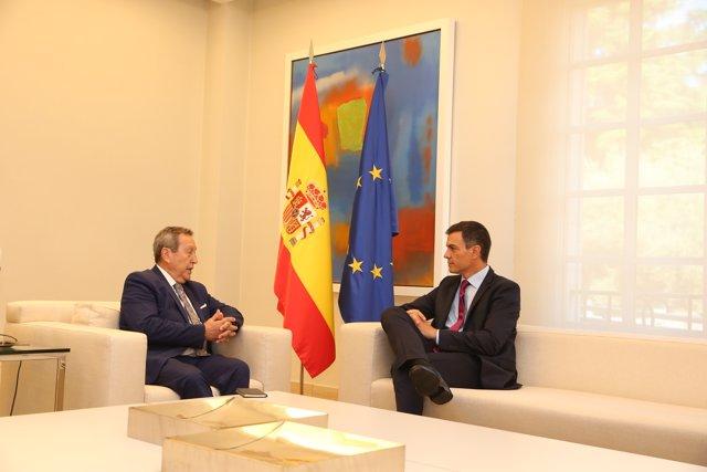 Pedro Sánchez y Vinicio Cerezo, secretario general del SICA