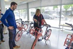 L'Hospitalet de Llobregat posa en marxa una prova pilot de bicicletes elèctriques compartides (ACN)