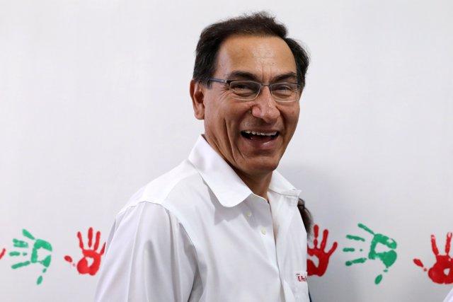 Vizcarra destaca aprobación de cuestión de confianza en Perú