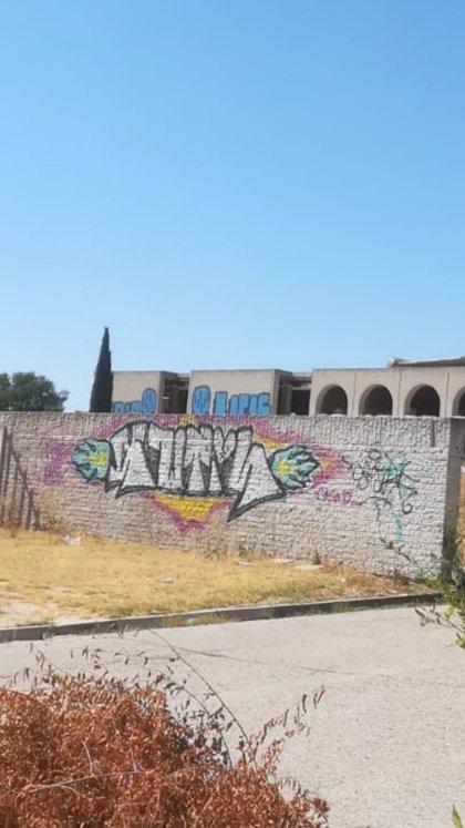 Denuncian nuevos actos vandálicos en el edificio que fue sede de Kodak en Las Rozas