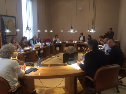 Feijóo responderá en el próximo pleno sobre la situación de la CRTVG y la subida de precio de los productos básicos