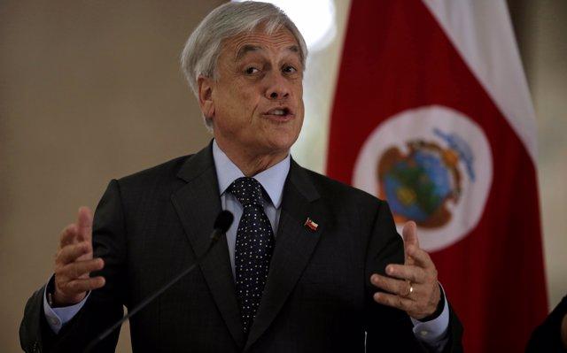 Piñera espera que la Iglesia Católica de Chile supere los 'tiempos oscuros' tras los casos de abusos sexuales