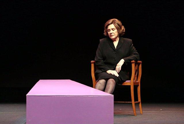 Teatro: de un viaje al pasado con 'Anastasia' a la 'Freda' más sensual con Lolita Flores o cinco horas con Lola Herrera