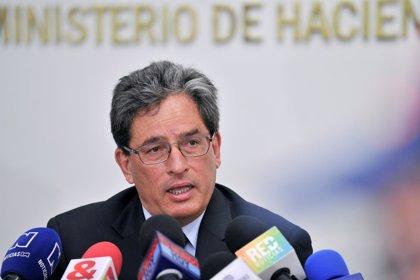 El ministro de Hacienda de Colombia se declara inocente tras las acusaciones de corrupción