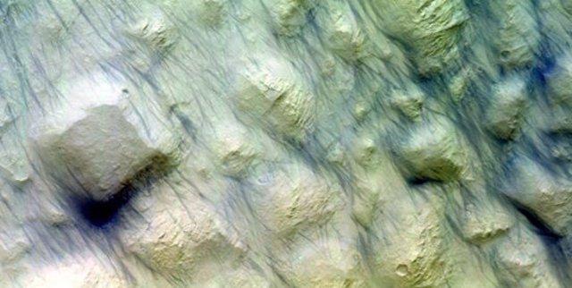 """""""Demonios Del Polvo"""" Que Removieron Material De Superficie Suelta En Marte"""