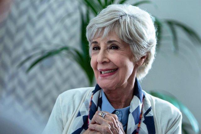 Concha Velasco protagoniza un corto para sensibilizar sobre la osteoporosis