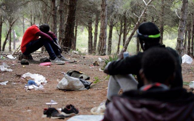 Marruecos juega al gato y el ratón con los africanos que buscan llegar a Europa