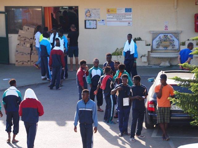 Migrantes en las instalaciones del CETI de Cuenca