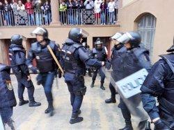 Investigats 13 policies més per càrregues a l'escola Ramon Llull de Barcelona l'1-O (Europa Press - Archivo)