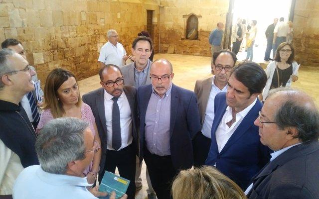 Las instituciones apuestan por una Mesa de Trabajo para que no se repitan las inundaciones de Santa María de Huerta