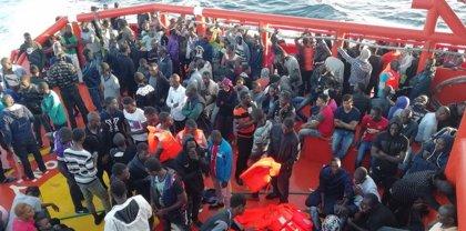 El Gobierno duplicará hasta las 5.000 las plazas de acogida para migrantes antes de 2019