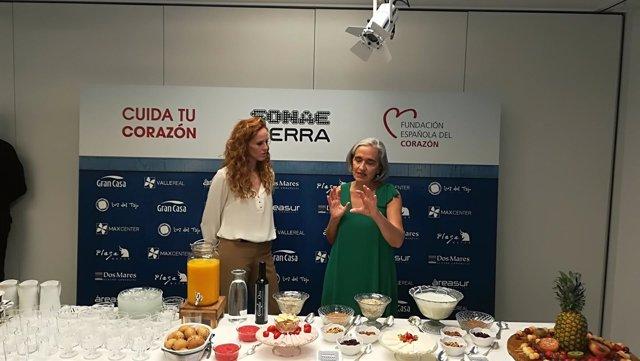 María Castro y Petra Sanz durante un acto de la Fundación Española del Corazón