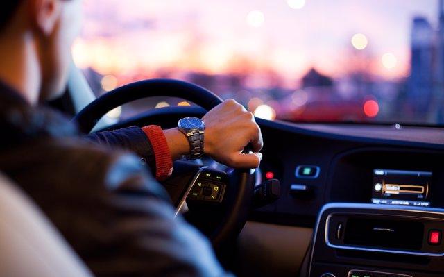 Pontevedra, Cantabria y Cádiz, las provincias más caras para contratar un seguro de coche