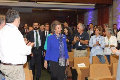 La reina Sofía reitera su apoyo al estudio de las enfermedades neurodegenerativas al presidir el segundo día de congreso