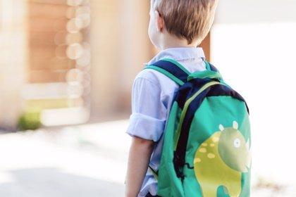 Ejercicio contra las dolencias en la espalda de los escolares